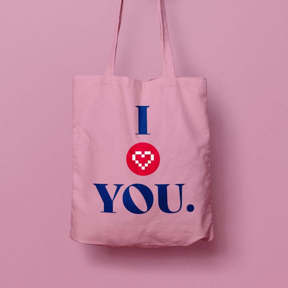 amorana-we-love-toys-bag